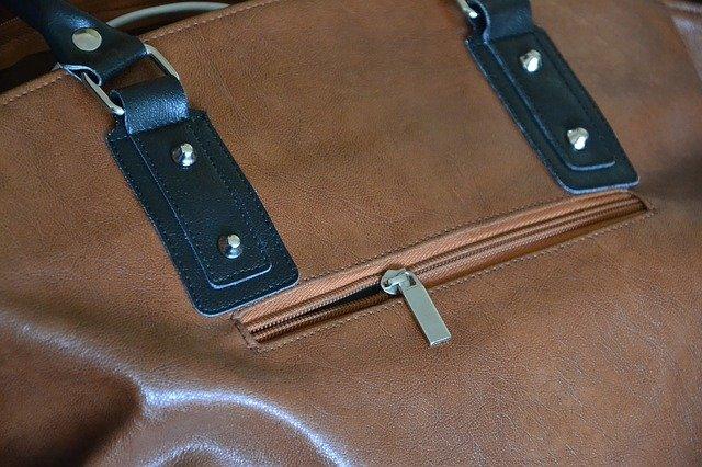 kapsička na kabelce